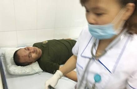 Dù không nghiêm trọng về sức khoẻ nhưng tinh thần nạn nhân vẫn hoảng loạn sau sự cố.