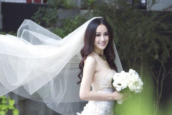 Người đẹp dành 11 năm để hoàn thiện bản thân mình, về mặt nhan sắc cô đã thành công nhận được lời ngời khen từ công chúng. Hiện tại, cô vẫn chọn cuộc sống độc thân dù đã đến tuổi lập gia đình.
