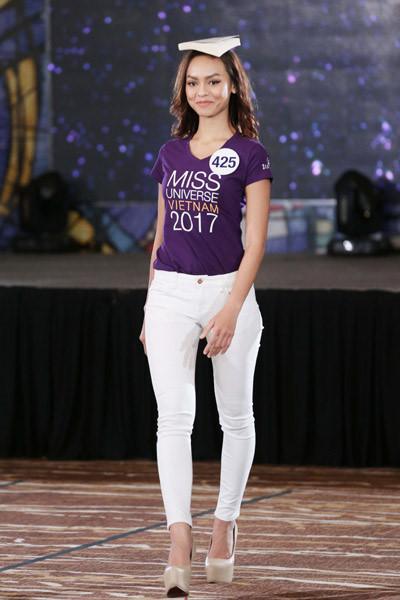 Mai Ngô bỏ thi Hoa hậu Hoàn vũ Việt Nam 2017: Sự rút lui khôn ngoan?