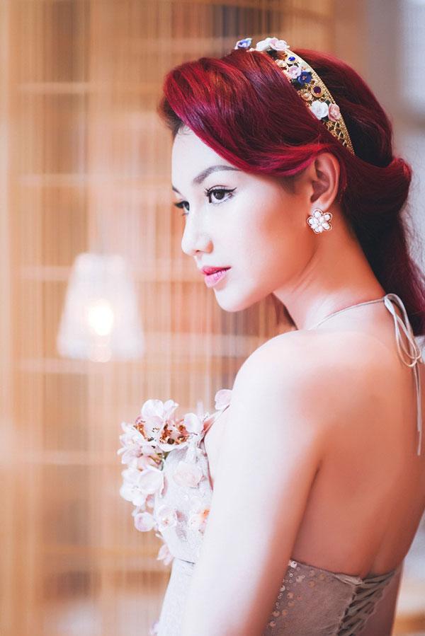 MC Quỳnh Chi từng cay đắng trong 4 năm làm dâu nhà giàu.