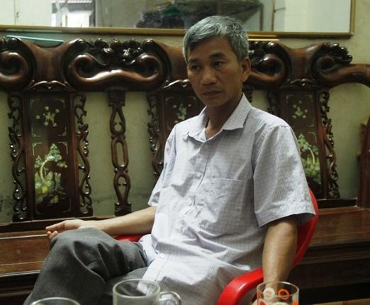 Ông Nguyễn Ái Văn kể lại hành trình đi đòi quyền lợi.