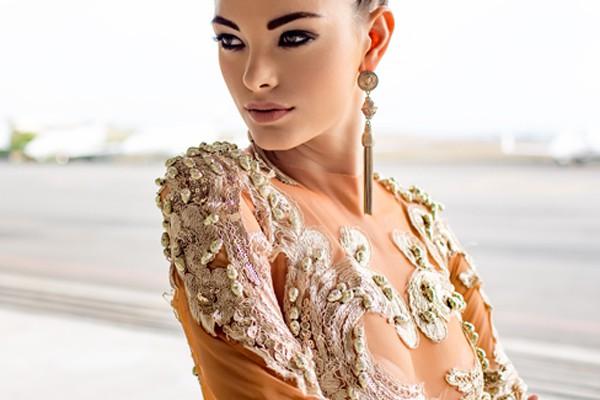 Đây là cô gái có thần thái đẹp và là một bất ngờ lớn với ban giám khảo lẫn khán giả tại Miss Universe 2017.