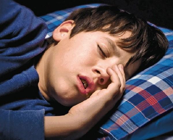 Trời lạnh nếu xuất hiện ngủ ngáy, rất dễ bạn đã mắc chứng bệnh sau đây