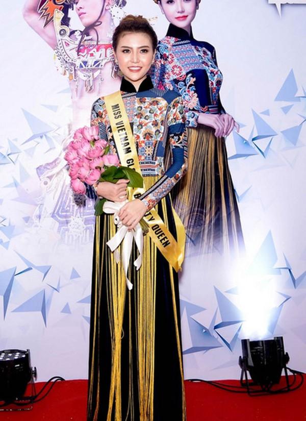 Ngọc Duyên lúc đang quang Nữ hoàng sắc đẹp toàn cầu 2016.