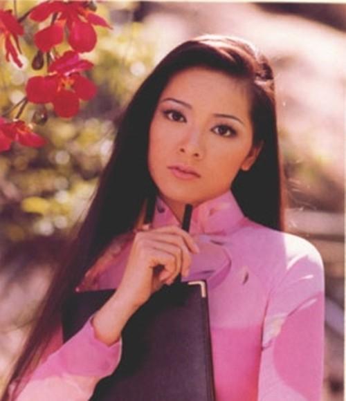 Hình ảnh nên thơ của Như Quỳnh trên ảnh lịch những năm 90