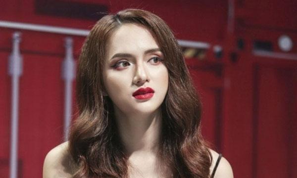 Hương Giang Idol đang hứng chịu chỉ trích nặng nề của dư luận vì nói hỗn với nghệ sĩ Trung Dân