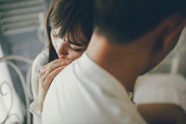 Bị phát hiện ngoại tình, chồng còn đưa ra đề nghị khác người khiến vợ chết đứng