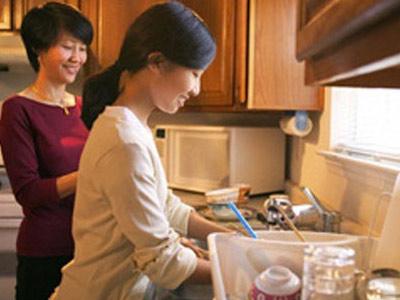 Nhà có 2 osin mà vẫn thường xuyên vào bếp, có phải tôi số sướng mà không biết hưởng?
