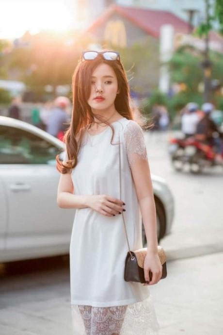 Đơn giản, thanh lịch, dễ ứng dụng là tiêu chí thời trang của Midu.