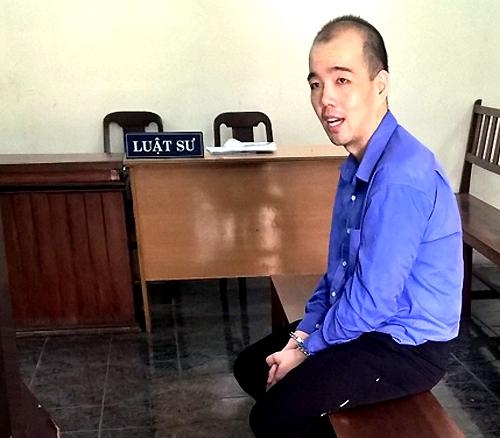 Bị cáo Fay nhận mức án cao hơn mức đề nghị của VKS (17-19 năm tù). Ảnh: Bình Nguyên.