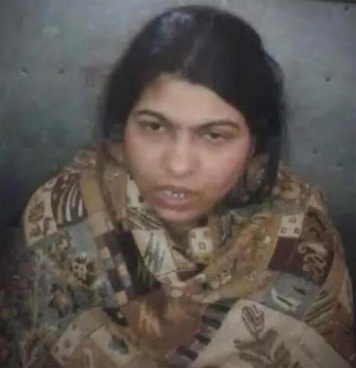 Rita Yadav đã bị cảnh sát bắt giữ. Ảnh: Cover Asia Press