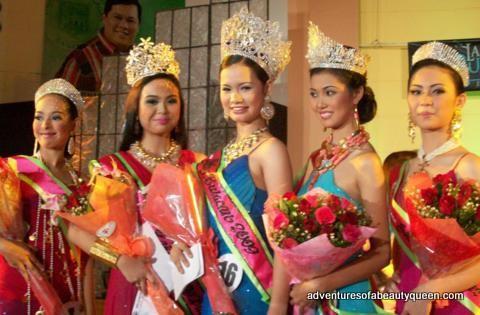 Hoa hậu Philippines bị bắn chết ở tuổi 23 sau khi mở cửa nhận hoa