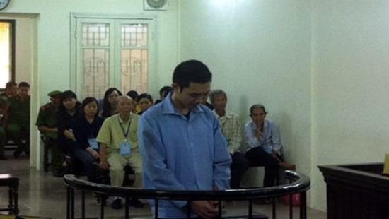 Bị cáo Lê Ôn Tùng tại phiên tòa sơ thẩm