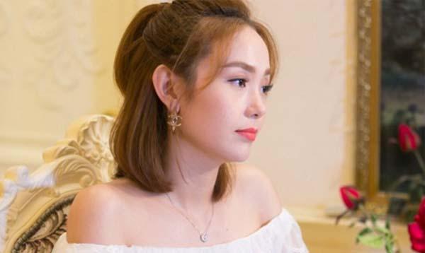 Minh Hằng đã khẳng định người chèn ép cô ở The Face 2017 chính là Hồ Ngọc Hà.