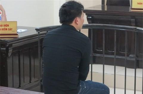 Bị cáo Hiển tại tòa. Ảnh: T.T.