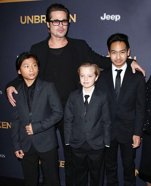 Brad Pitt lần đầu được ngủ bên Maddox và Pax Thiên sau cáo buộc bạo hành