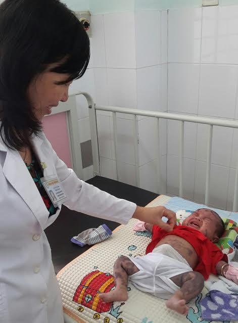 Bé P. được điều trị tại bệnh viện Tiền Giang.