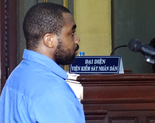 Chukwudi tại tòa hôm nay. Ảnh: Q.B.