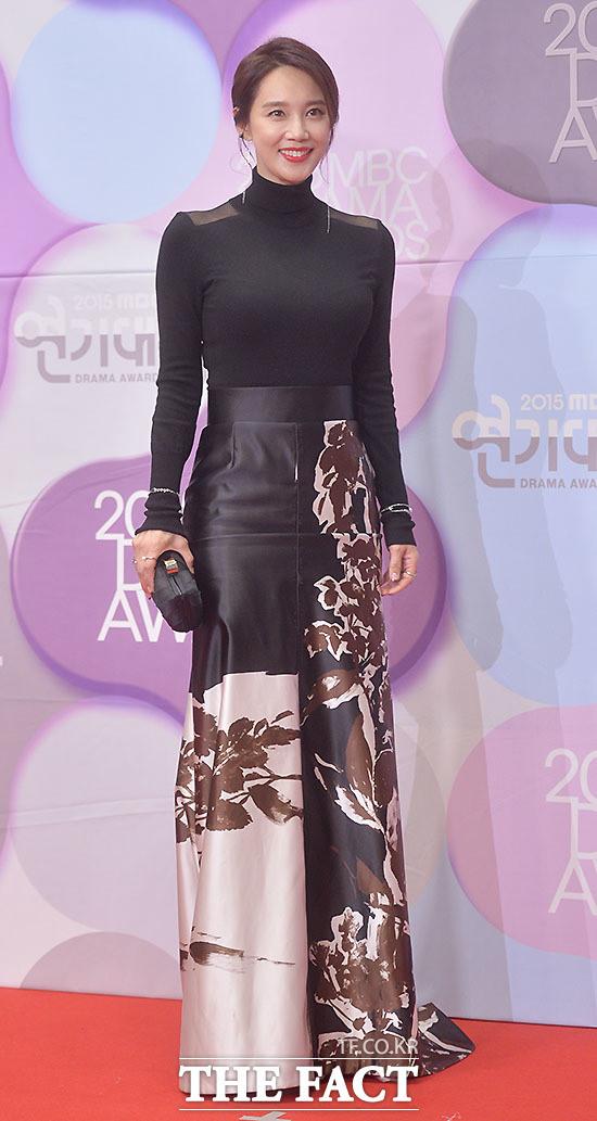Hoa hậu Hàn Quốc cay đắng khi mất cả tình lẫn tiền vì yêu đại gia