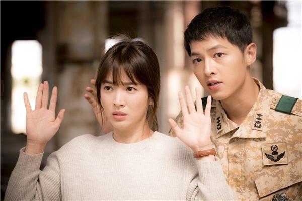 Mượn chuyện cặp đôi Song - Song kết hôn, Cát Phượng rủ tình trẻ cưới?