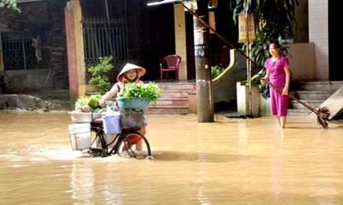 Nước sông Thao lên cao, khiến thành phố Yên Bái ngập sâu. Ảnh: BaoYenBai.