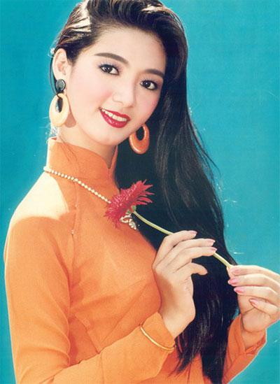 Hình ảnh quen thuộc của Thanh Xuân chụp năm 1993 - Ảnh: T.L