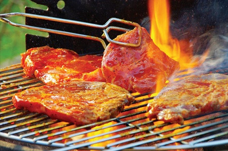 Không nướng thực phẩm ở nhiệt độ cao để đảm bảo sức khỏe.