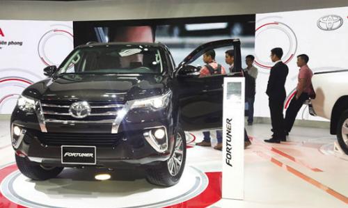 Lượng xe bán được trong tháng 7 của Toyota giảm hơn 2.500 xe so với cùng kỳ năm ngoái.