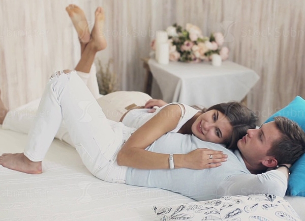 Khoảng 10 – 13% số người tham gia khảo sát đến từ các quốc gia Chile, Ý và Tây Ban Nha tiết lộ rằng họ đạt được cực khoái cao nhất, mạnh mẽ nhất mỗi khi quan hệ. (Ảnh minh họa)