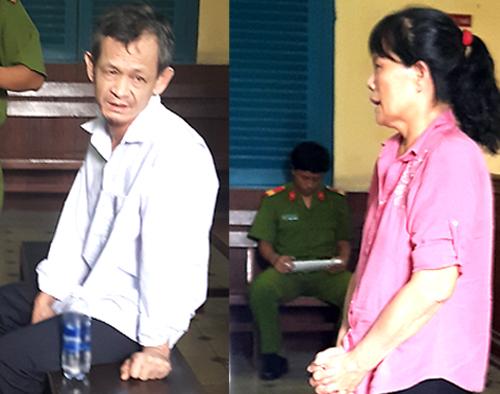 Nuôi và bà Nguyệt tại tòa. Ảnh: Hải Duyên.