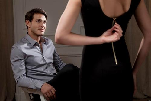 Đàn ông mặt rộng dễ ngoại tình