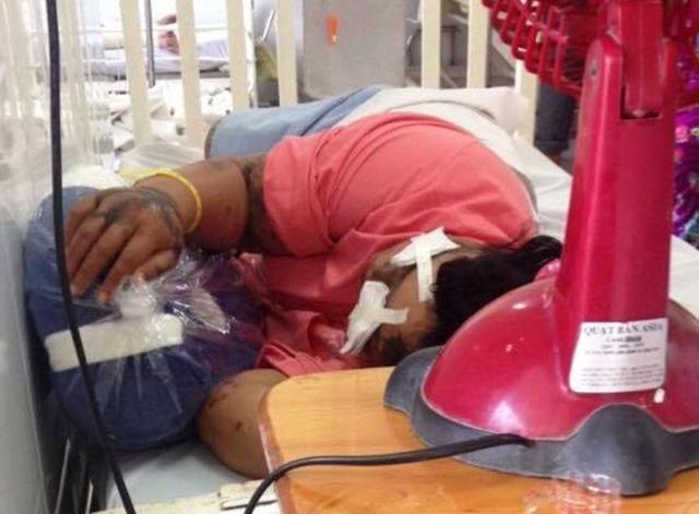 Chị Võ Thị D.H đang được theo dõi điều trị tại Bệnh viện Chợ Rẫy TP.HCM - Ảnh: NGỌC LOAN