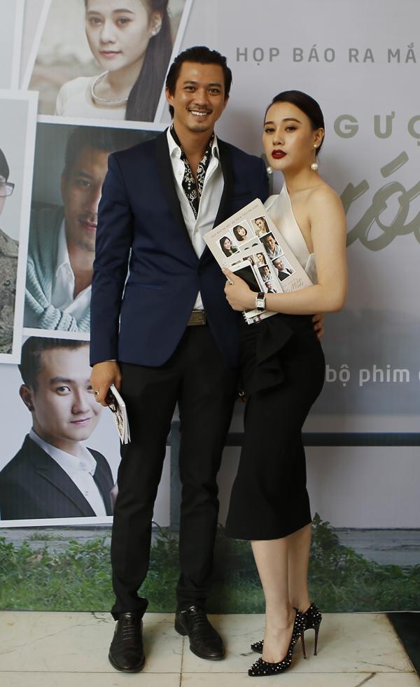 Hà Việt Dũng và Phương Oanh tại họp báo Ngược chiều nước mắt.