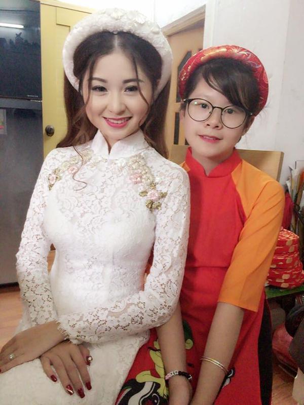 Diễn viên chua ngoa Thanh Tú: 'Chồng cũ yêu ai cũng kể cho tôi'