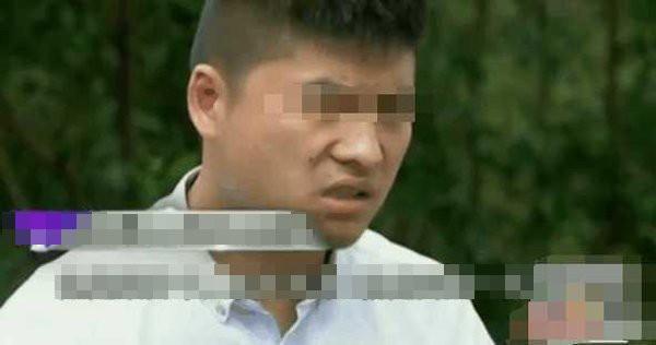 Sau khi vợ sinh con, anh Chen có linh cảm đó không phải con mình.