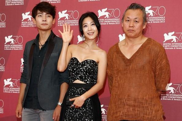 Đạo diễn hàng đầu xứ Hàn bị phạt vì dùng bạo lực ép diễn viên đóng cảnh nóng
