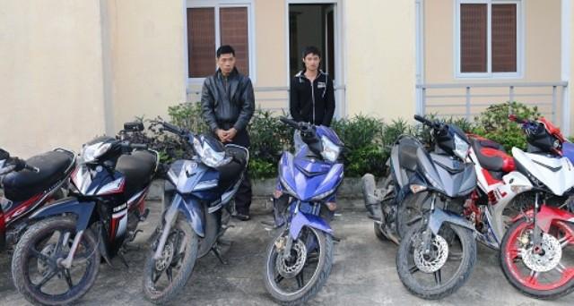 Lấy thẻ nhân viên của vợ, ngang nhiên vào công ty trộm 21 chiếc xe máy