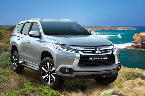 Các xe thuộc dòng All New Pajero Sport nhập khẩu từ Thái Lan được giảm mạnh. Cụ thể, phiên bản Gasoline 4x2 AT giảm 206 triệu đồng, kéo theo giá bán lẻ tại đại lý còn 1,149 tỷ đồng (trong khi giá niêm yết trước đây là 1,355 tỷ đồng). Phiên bản 4x4 AT cũng được giảm 180 triệu đồng, kéo giá bán lẻ xuống mức 1,358 tỷ đồng.  Mitsubishi Pajero Sport giảm gần 200 triệu đồng  Sau All New Pajero Sport, mẫu Pajero Sport lắp ráp trong nước cũng được giảm giá mạnh trong tháng 12, với mức giảm gần 200 triệu đồng.     Mẫu Pajero Sport lắp ráp trong nước cũng được giảm giá mạnh.   Hiện mẫu Pajero Sport thế hệ cũ lắp ráp trong nước được giảm 100 triệu cho bản Diesel 4x2 MT, kéo theo giá bán lẻ giảm từ 804 triệu đồng xuống còn 704 triệu đồng. Còn bản Gasoline 4x2 AT từ mức 982 triệu đồng được giảm giá 198 triệu đồng, xuống còn 784 triệu đồng.  Mitsubishi Pajero giảm 164 triệu đồng  Mẫu SUV đắt nhất của Mitsubishi Việt Nam là Pajero cũng được ưu đãi mạnh trong đợt này. Ngoài giảm giá bán lẻ đề xuất xuống còn 1,956 tỷ đồng (giảm 164 triệu đồng), mẫu SUV cỡ lớn này còn được đại lý giảm thêm 50 triệu đồng     Mẫu SUV đắt nhất của Mitsubishi Việt Nam là Pajero cũng được ưu đãi mạnh trong đợt này.   Cách đây ít lâu, mẫu xe này gây sóng trên thị trường ô tô với mức giảm giá mạnh nhất, lên tới 214 triệu đồng.  Mitsubishi Outlander giảm 117 triệu đồng  Mẫu SUV nhập khẩu nguyên chiếc từ Nhật Bản Mitsubishi Outlander trong tháng 12 cũng được điều chỉnh giảm mạnh.     Mẫu SUV nhập khẩu nguyên chiếc từ Nhật Bản được điều chỉnh giảm mạnh.   Trong đó, 3 phiên bản là 2.0 CVT 5 chỗ, 2.0 CVT 7 chỗ và 2.4 CVT 7 chỗ đều giảm 117 triệu đồng, kéo theo giá bán thực tế lần lượt là 1,006 tỷ đồng, 1,088 tỷ đồng và 1,158 tỷ đồng. Còn Outlander bản 2.0 STD giữ nguyên giá 983 triệu đồng.  Volkswagen Scirocco GTS giảm 140 triệu đồng  Trong tháng 12 này, nhiều dòng xe của hãng xe Đức Volkswagen tại Việt Nam cũng được giảm giá trực tiếp hoặc quy đổi bằng bảo hiểm và thời hạn bảo dưỡng.     Mẫu xe thể thao Scirocc