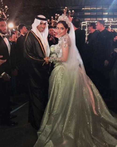 Đám cưới của cặp trai tài, gái sắc diễn ra ngày 29/12/2016 tại một khách sạn 5 sao ở Dubai với nhiều khách mời VIP gồm các thành viên hoàng gia, quan chức chính phủ, các đại sứ và nhiều nghệ sĩ nổi tiếng tại Trung Đông.