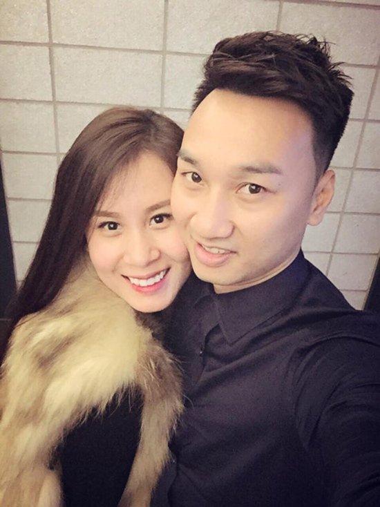 Kể từ khi chia tay vợ cũ, chuyện tình mới của Thành Trung với bạn gái hot girl 9x khiến cánh truyền thông tiêu tốn không ít giấy mực.