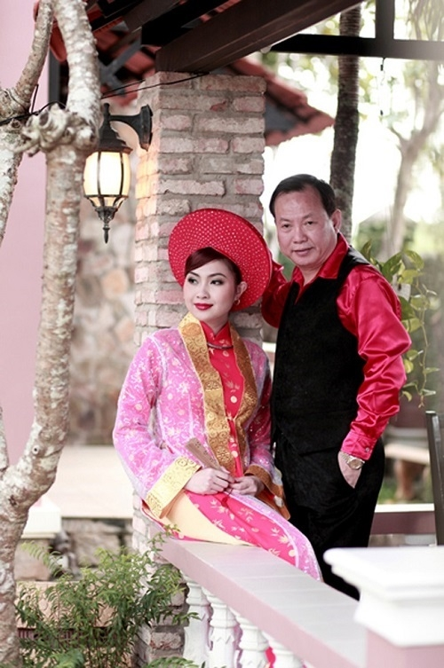 4 cuoc hon nhan chong vanh den khong ngo cua showbiz viet - 2