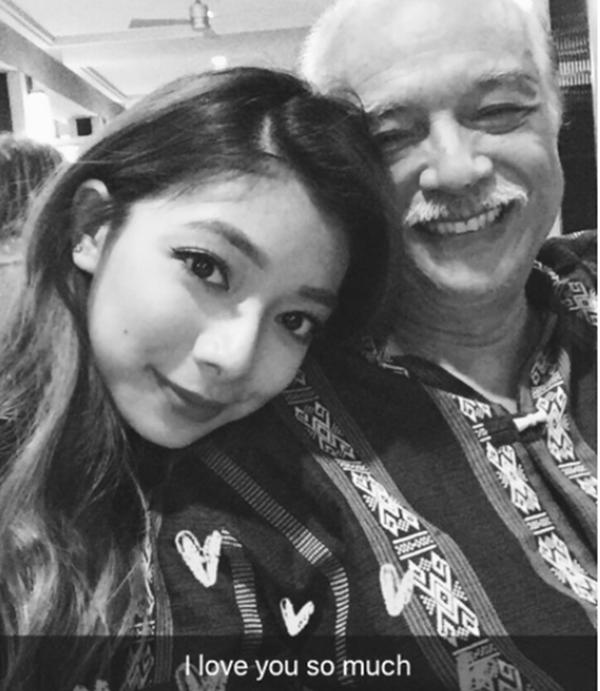 Đại võ sư Nam Anh có một cô con gái rất xinh xắn tên Katleen Phan Võ.