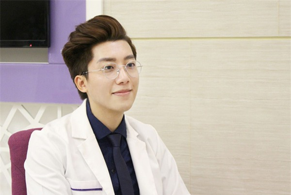 Bác sĩ Trần Vũ Quang hiện đang công tác tại BV Phụ sản Trung Ương.