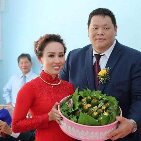 Quỳnh Anh nhận lời yêu vì cảm nhận được tình cảm chân thành của chàng trai Việt kiều dành cho mình.