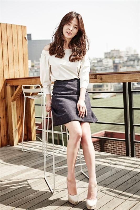 Bí quyết giữ dáng để luôn trẻ đẹp như gái đôi mươi của nữ thần hàng đầu châu Á Song Hye Kyo - Ảnh 2.