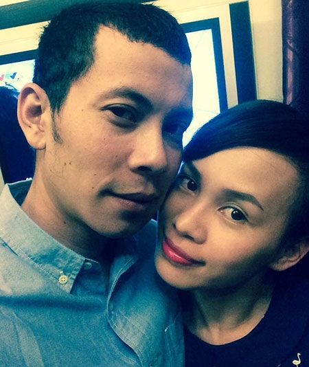 Anh trai và chị dâu của Hồ Ngọc Hà đã ở bên nhau 10 năm trước khi tiến tới hôn nhân.