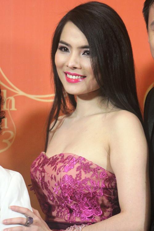Ở tuổi 36, Kiều Thanh vẫn vô cùng trẻ trung xinh đẹp