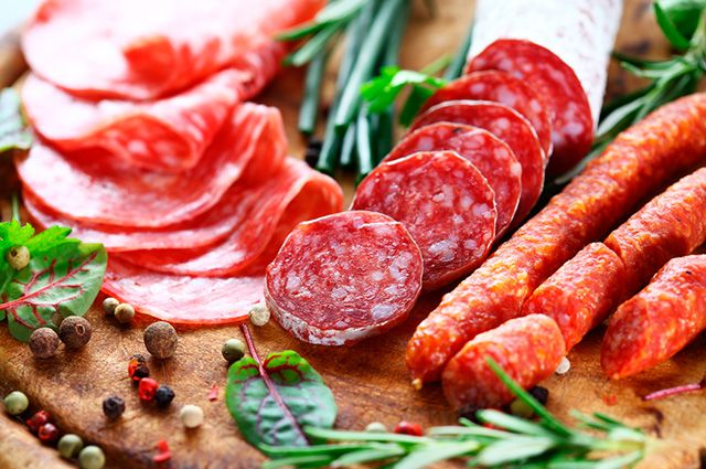 <br />Nitrat và nitrit thường được sử dụng để bảo quản thịt đã qua chế biến.<br />