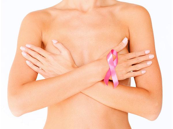 Từ núm vú đến những chiếc mụn nhỏ, sự thay đổi bề ngoài da trên ngực của bạn có thể là một dấu hiệu, triệu chứng của bệnh ung thư vú.