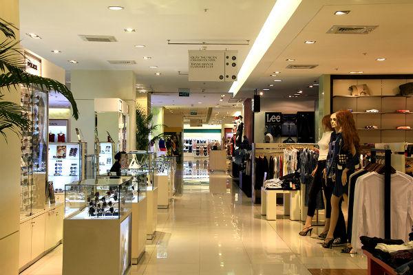 Trung tâm thương mại có giá thuê thấp nhưng vắng khách